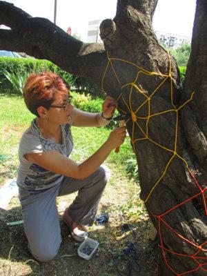 """Моменти от работата по проекта """"Дървото на изкуството"""""""